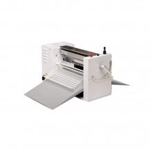XTS International Easy 500SM/230 Σφολιατομηχανή Επιτραπέζια με 1 Ταχύτητα + ΔΩΡΟ ΓΑΝΤΙΑ ΕΡΓΑΣΙΑΣ (ΕΩΣ 6 ΑΤΟΚΕΣ Η 60 ΔΟΣΕΙΣ)